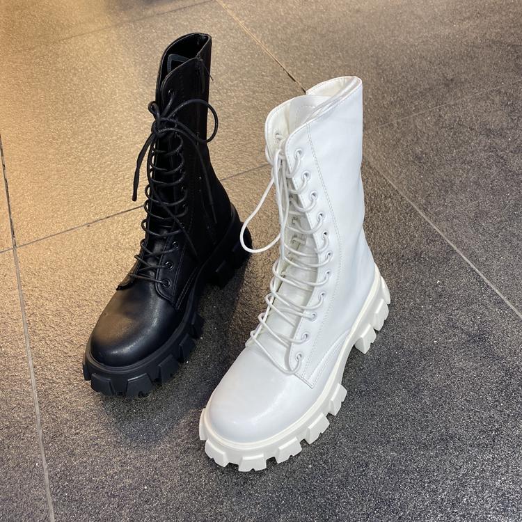 小池在首尔2021年春季新款圆头系带中筒时尚个性中跟马丁靴机车靴