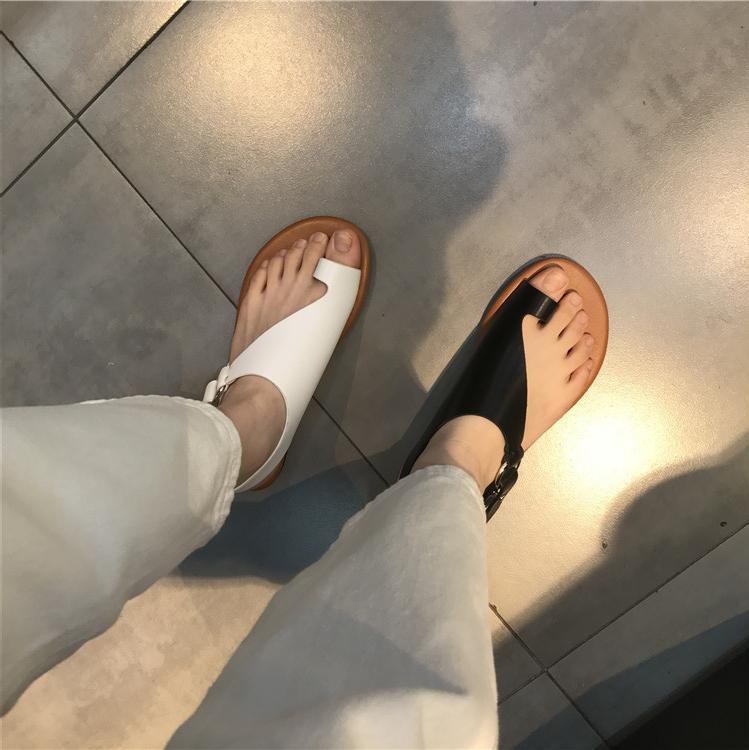 (用1元券)韩国东大门2019夏季新款套趾按扣平底休闲舒适圆头个性欧美凉鞋女