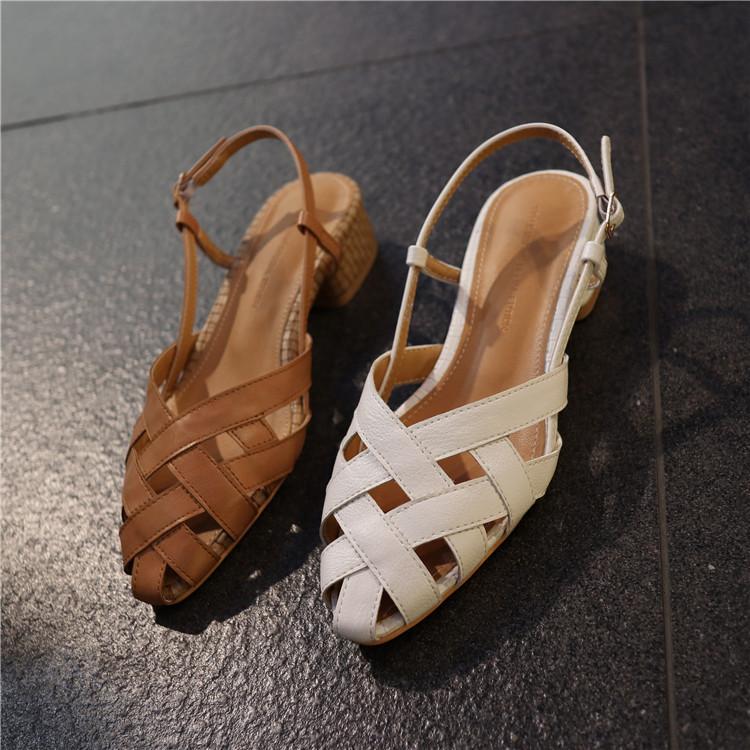 韩国东大门2019夏季新款个性镂空方根复古学院风轻便舒适休闲凉鞋