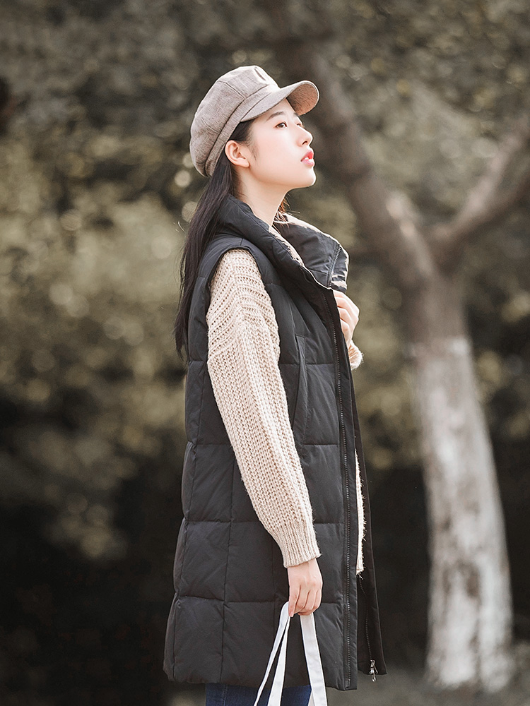 Autumn and winter 2020 new down vest womens middle and long Korean slim and versatile sleeveless stand collar white down jacket