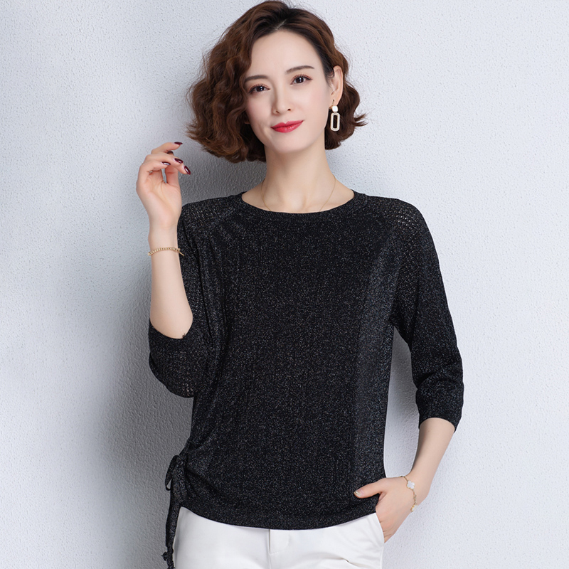 Knitwear womens spring and summer new bright silk hollow out short 7 / 3 sleeve top thin bottomed shirt low crew neck versatile fashion