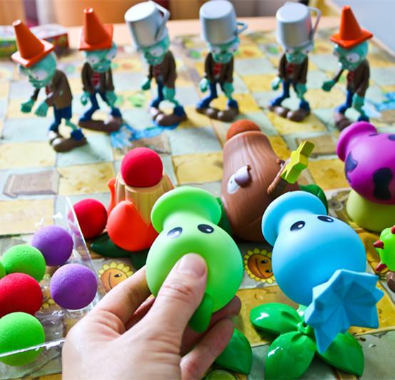 塑胶手办大战僵尸大炮植物小玩具游戏周边型可发射椰子加农炮款。(用1元券)