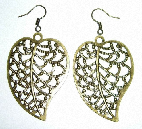 Large hollow out Leaf Earrings a1320 palace Vintage bronze alloy