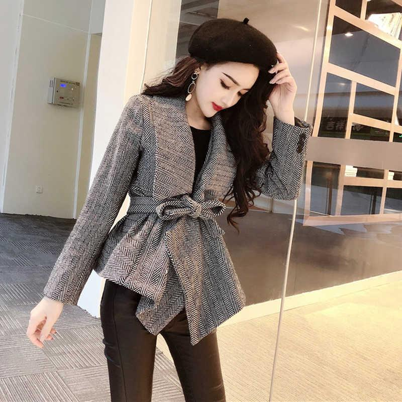 Ge Ge Jia autumn and winter new fashion celebrity temperament flannel coat + high waist slim Leggings suit