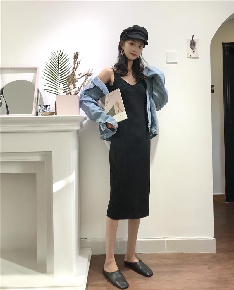 秋装韩版港味小心机裙子设计感修身显瘦针织温柔风吊带连衣裙女潮
