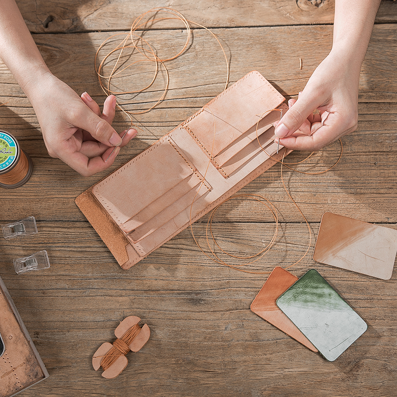 DIY材料包 亲手做个钱包送给他 手工缝制 意大利雾蜡皮