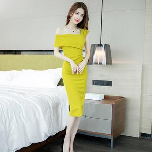 夏季女装2020新款性感气质名媛斜肩修身显瘦包臀中长款礼服连衣裙