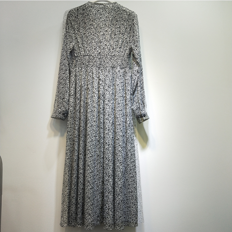 2021 spring new Chiffon Dress small floral Korean long sleeve one-piece dress age reduced long skirt full button V-neck fashion