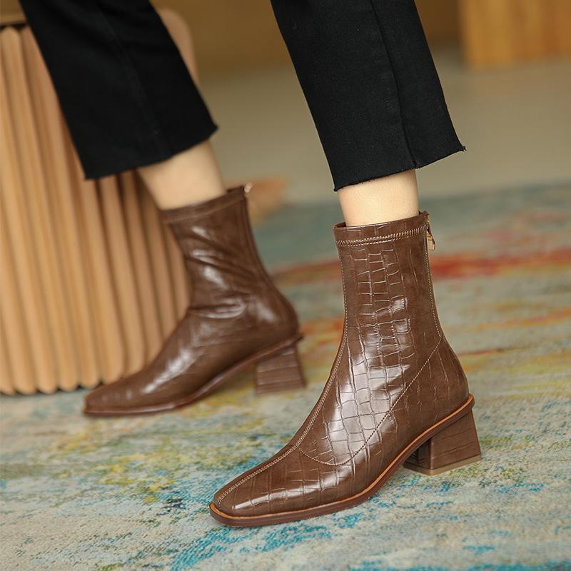 2020新款春秋单靴白色方跟方头短靴女石头纹复古后拉链高跟靴棕色