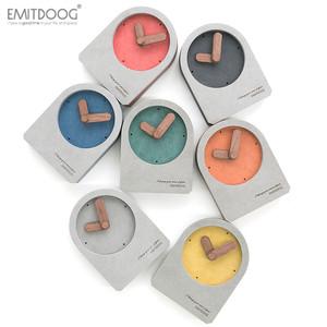 emitdoog现代简约北欧台式台钟表