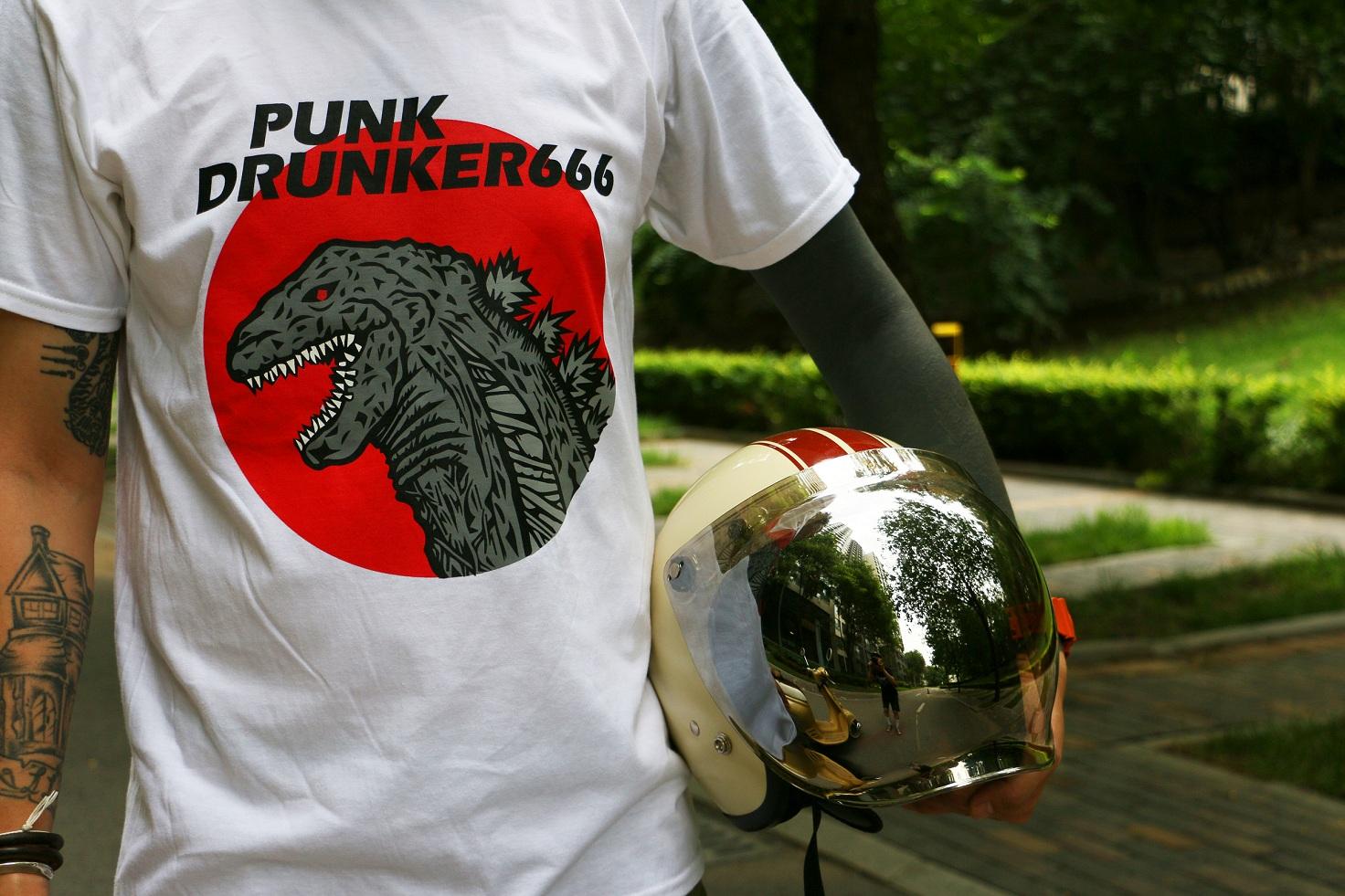 ( продано ) кожзаменитель NKDRUNKER666 серия страх поездка специальный атака команда пьяный ликер панк второй бомба