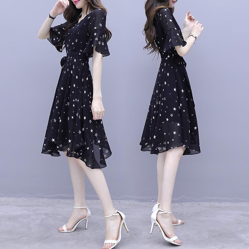黑色雪纺连衣裙女2020夏装新款收腰显瘦气质长款a字裙碎花裙子仙