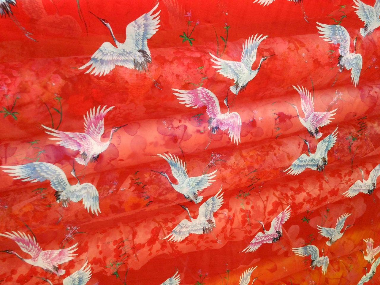 Big red silk chiffon printed fabric wide mulberry silk dress crane cloud picture silk fabric special price