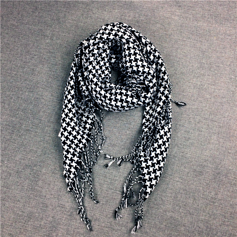 Autumn and winter new black and white plaid triangle scarf men and womens versatile thousand bird Plaid tassel scarf couple warm knitting neck