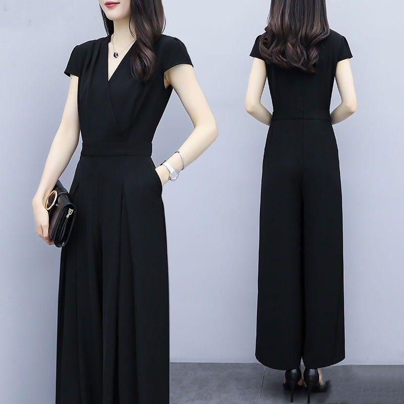 时尚显瘦女装2021新款潮收腰气质...