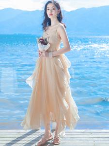 沙滩裙海边度假连衣裙2020新款夏吊带长裙超仙女裙子气质度假裙仙