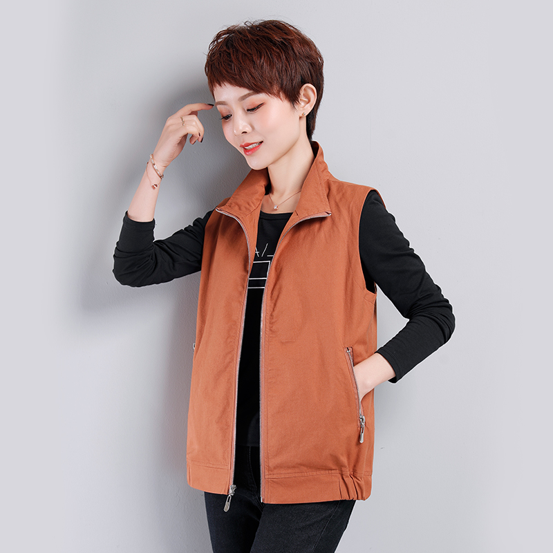 Spring and autumn middle-aged female mother vest middle-aged and elderly large loose short Camisole thin outer vest sleeveless coat