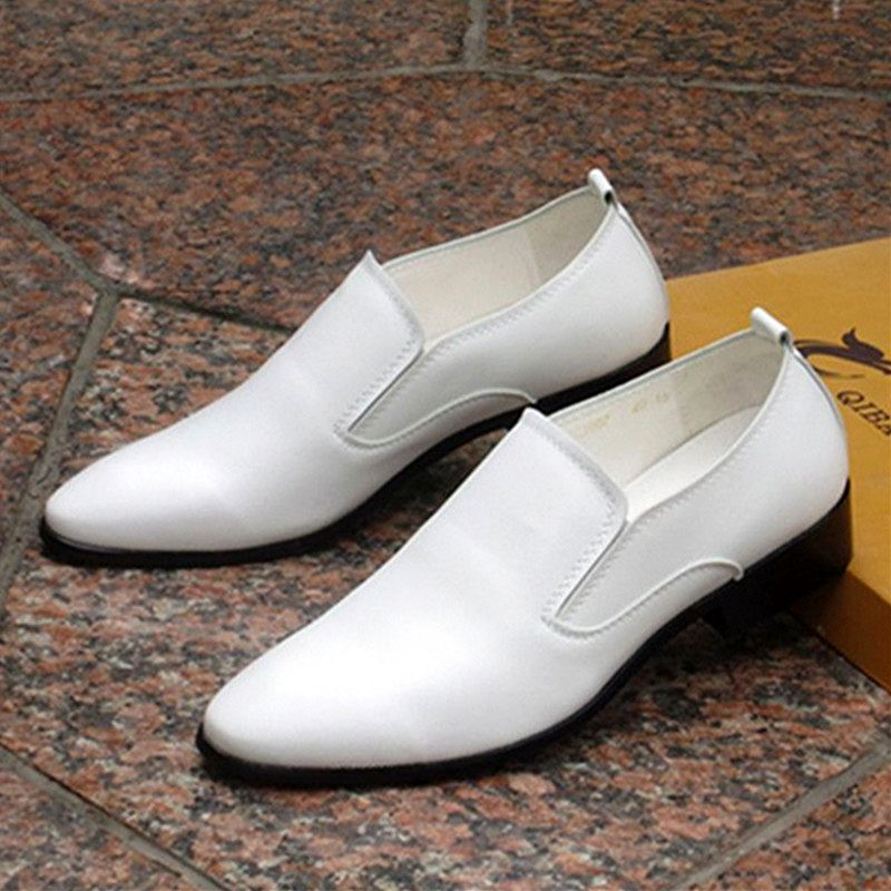 Mens leather shoes, mens Korean fashion, versatile British business dress, white pointed one legged casual shoes