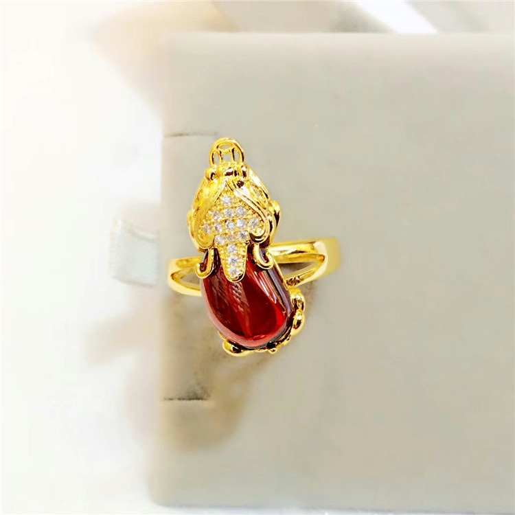 Gold Plated European dollar jewelry female diamond inlaid ruby ring to ward off evil spirits. Imitation gold Vietnamese Nansha gold jewelry will not fade for a long time