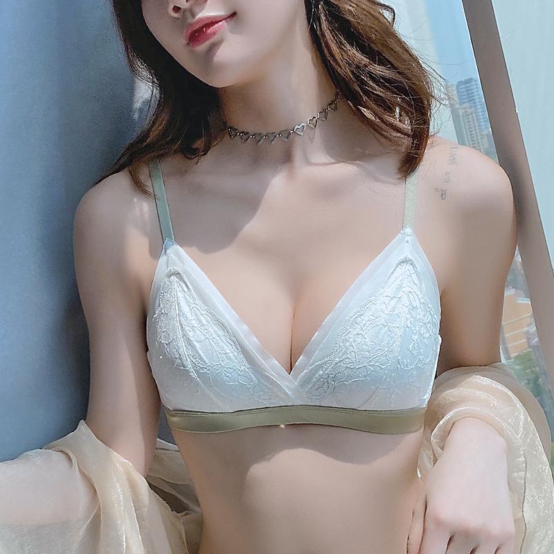 bra少女日系内衣女蕾丝套装可爱薄款文胸罩无钢圈小胸聚拢三角杯