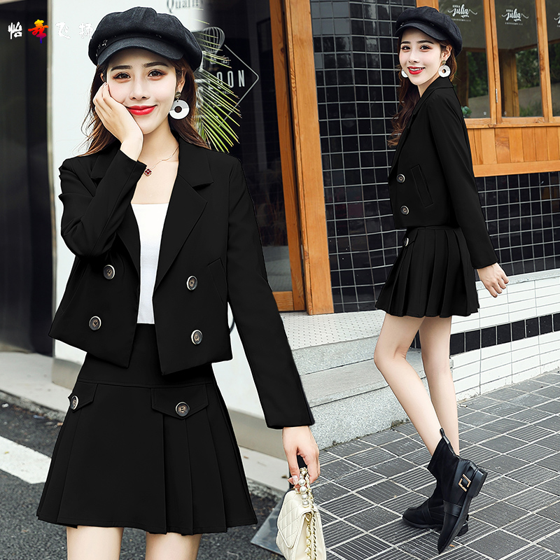 Casual western assembly short skirt suit female pleated short skirt Korean version 2021 spring and autumn fashion Western style thin two-piece suit