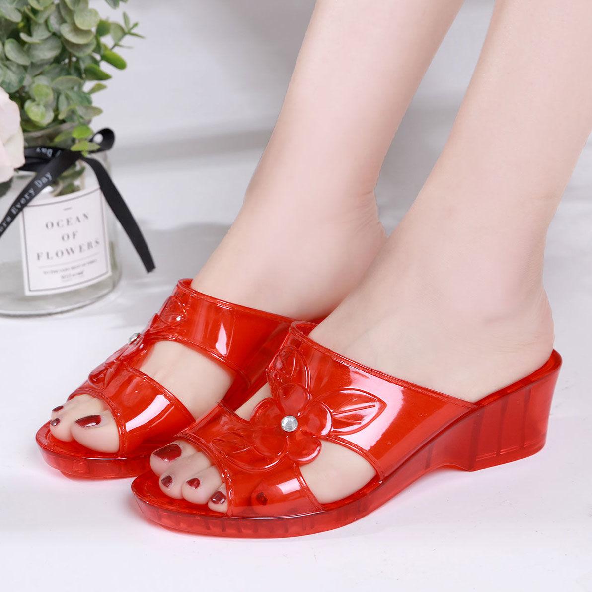 水晶果冻拖鞋使用感受