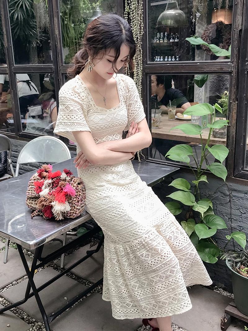 11-08新券智熏法式白色桔梗收腰显瘦连衣裙