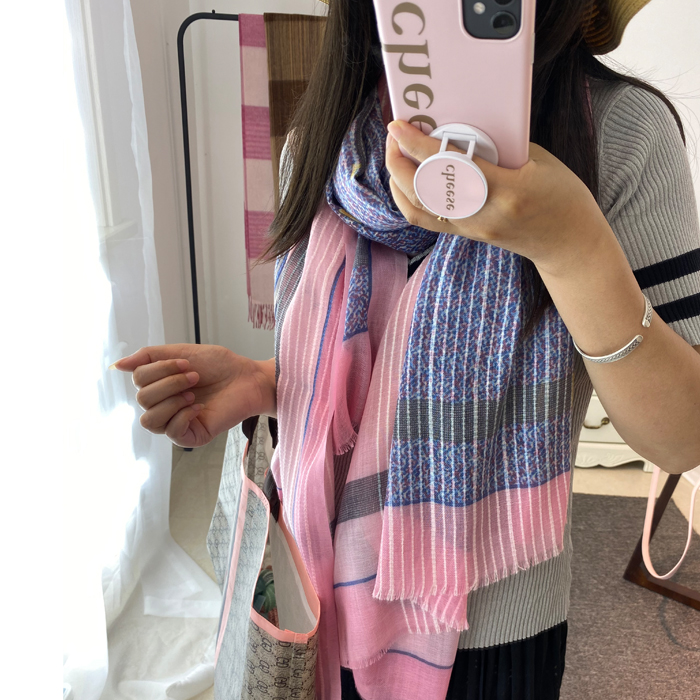 2020 new European and American spring and autumn women thin wool scarf three dimensional fabric sunshade and sunscreen extended air conditioning wrap