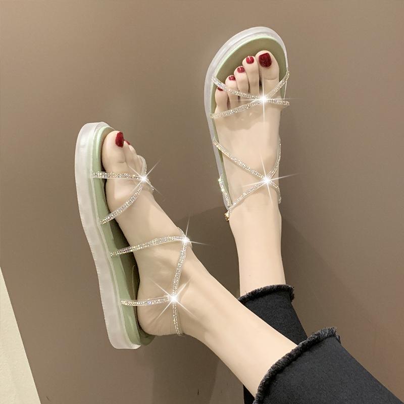带钻夏季鞋子交叉扣带凉鞋女网红平底中跟2020一字温柔仙女风新款