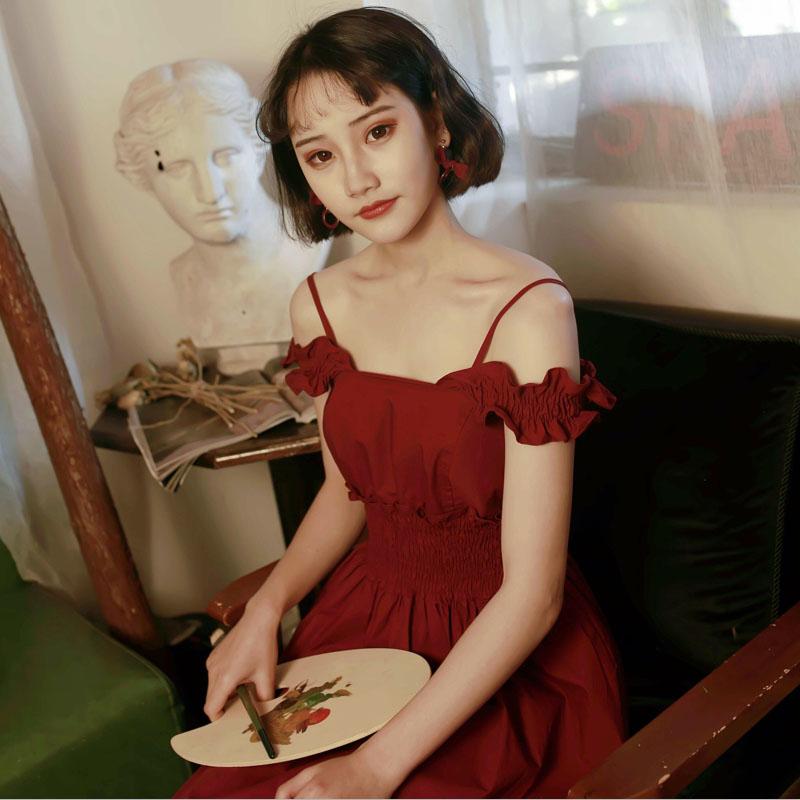 Meow Ji 喵吉方领背带漏肩露背红裙中长款收腰吊带红色连衣裙女夏