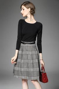 2017秋季新款 黑色上衣长袖T恤+格纹裙半裙套装