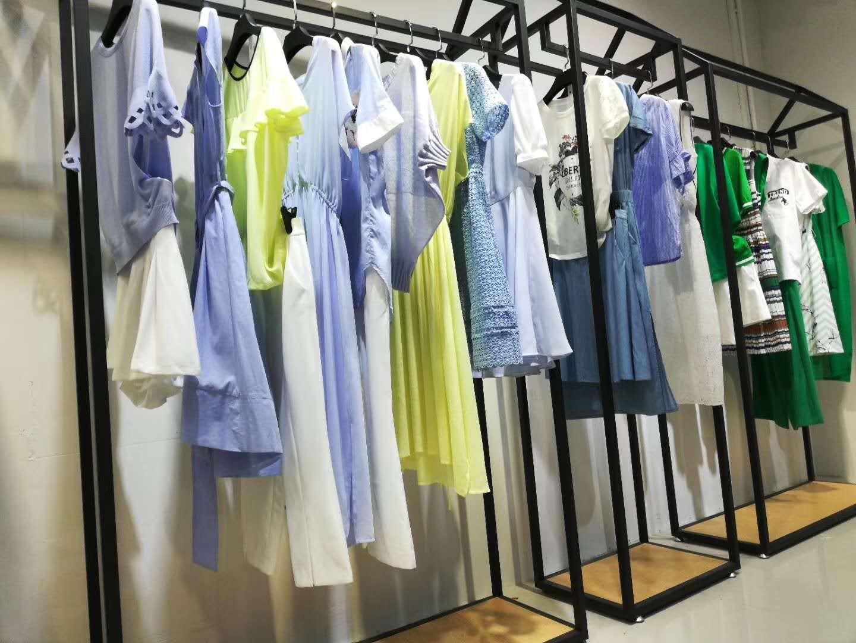 【直播间女装】 品牌折扣女装专柜撤柜服装  捡漏白菜价