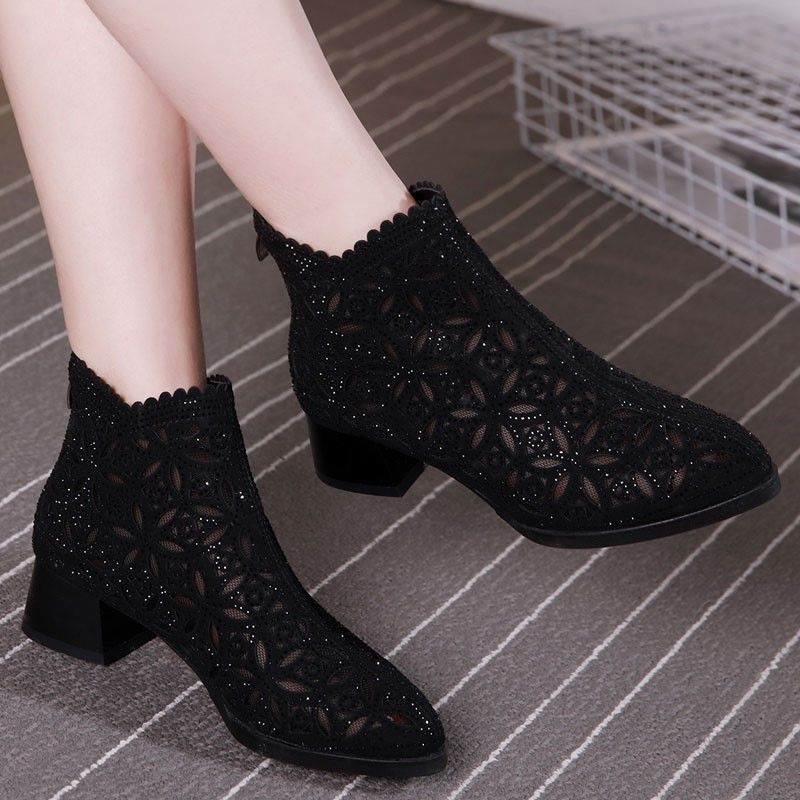 Mesh breathable short boots women 2020 new Korean spring hollow out single boots fashion thick heel pointed high heel large mesh boots