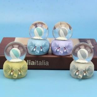 桌面创意小礼品 新款 萌物迷你带灯玻璃球 发光气球大象水晶球