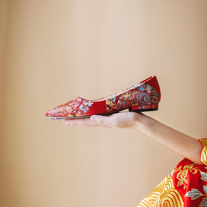 秀禾鞋平底婚鞋女2019新款中式刺绣古风绣花鞋孕妇结婚红色新娘鞋满168元可用5元优惠券