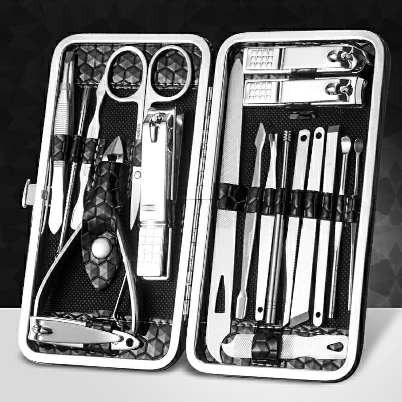 Set of boxes with personal dead skin scissors, armor, hands and feet, manicure with curved nails, suit of nursing forceps, cover of Manicure by hand