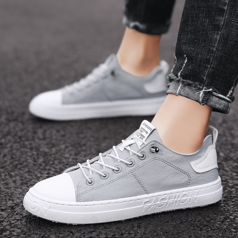 Small white shoes, board shoes, casual shoes, mens summer breathable shoes, mens Korean version, fashionable and versatile, one foot cloth shoes, driving shoes