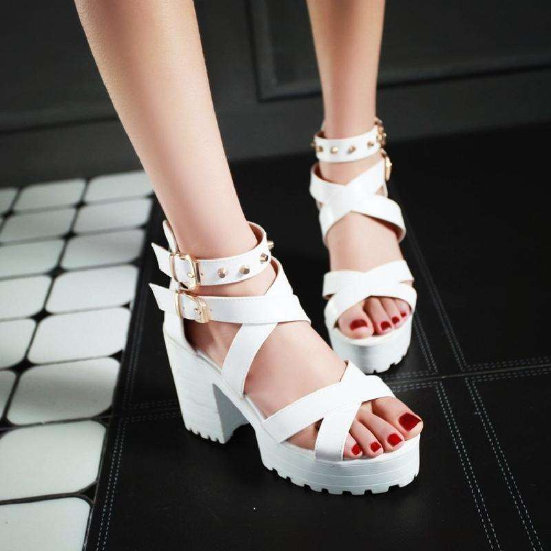 Summer new sandals thick soled thick heel high heels fashion rivet ankle buckle open toe Sandals Size 40-43