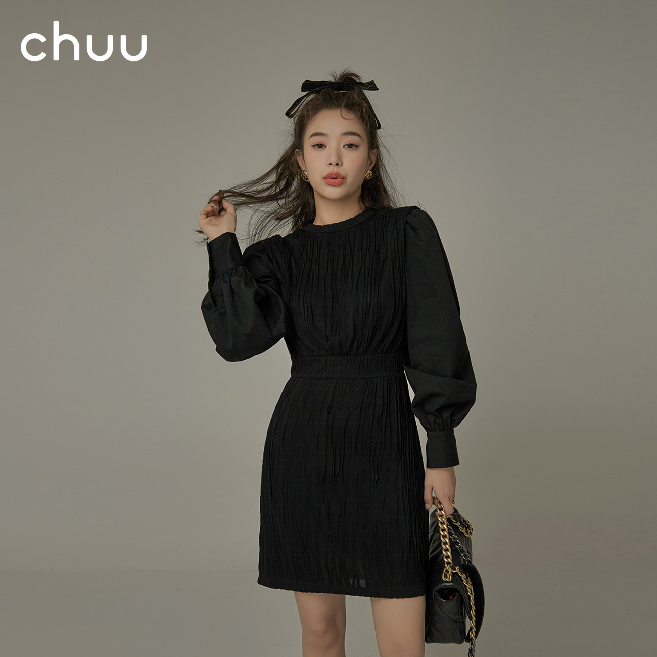 Chuu dress female 2021 new spring splicing fake two small son bubble sleeve long sleeve a word short skirt