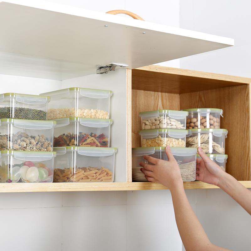 大容量食物收纳盒密封便携式饭盒微波炉加热冰箱便当盒带饭上班族