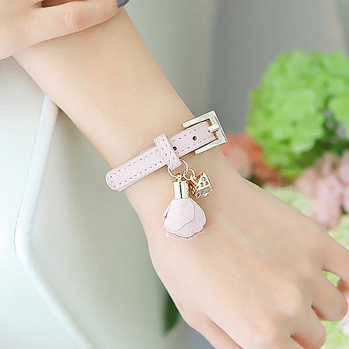 Bracelet cube Flower Pendant Leather Bracelet strap button punk accessories Korean version