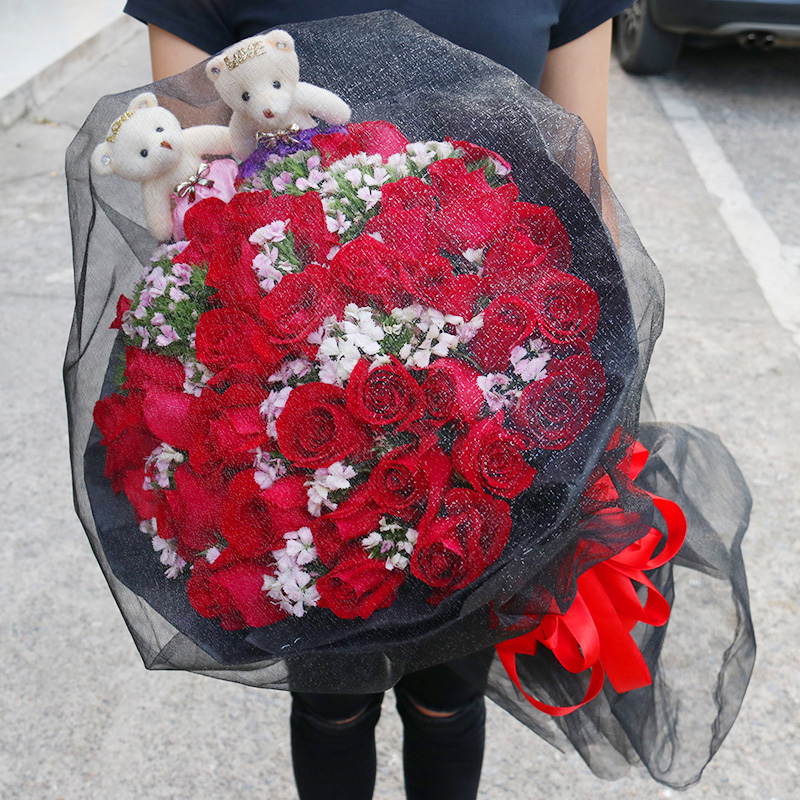 Luoyang flower express delivery: 99 red rose bouquets gift box for birthday to flower shop