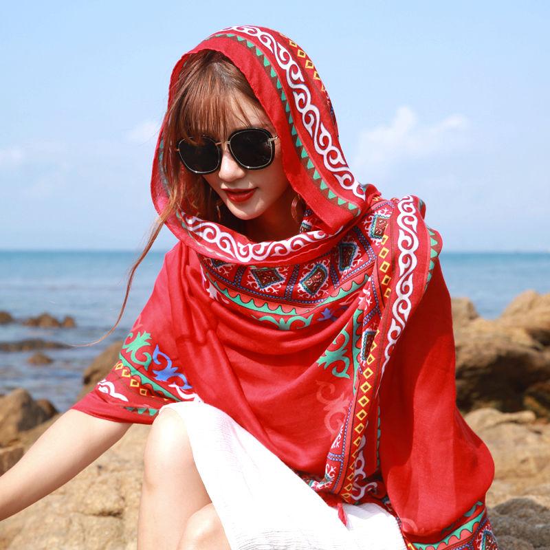 旅游百搭民族风披肩女夏海边沙滩巾两用围巾长款超大丝巾秋冬
