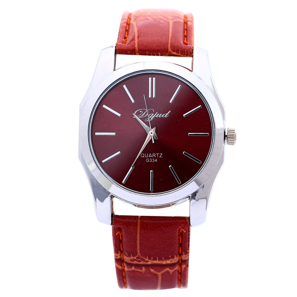 Autumn and winter new Christmas gift spot watch alloy ordinary glass coffee round silica gel domestic black