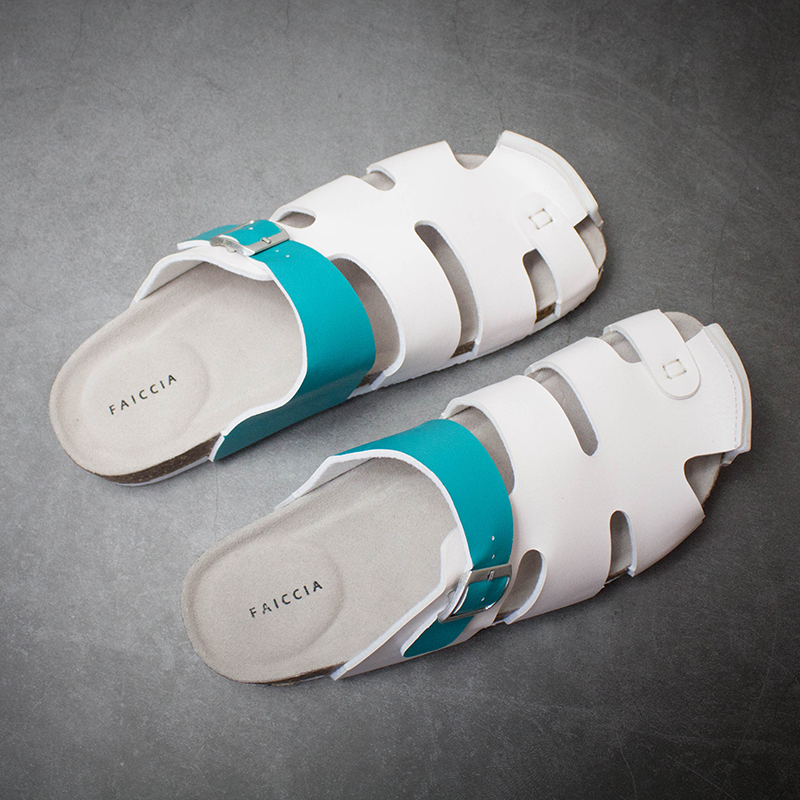 Department of cork slippers mens and womens sandals hollow Baotou shoes fashion mens leisure beach hole shoes large cool