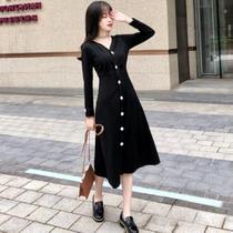 大码女装2018秋装新款欧美风胖MM200斤V领小黑裙收腰显瘦连衣裙女