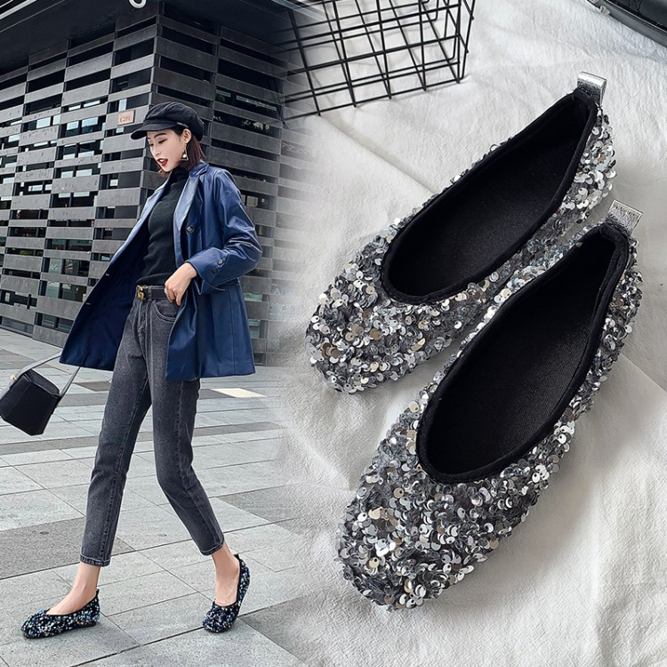 Spring, summer and autumn single shoes womens Oxford flat sole round head light mouth black silver PU leather womens one foot lazy soft sole shoes