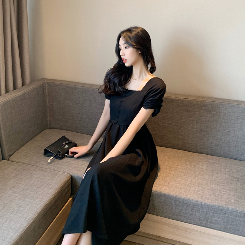 实拍 法式桔梗复古收腰显瘦赫本风黑色连衣裙气质方领小黑裙p62