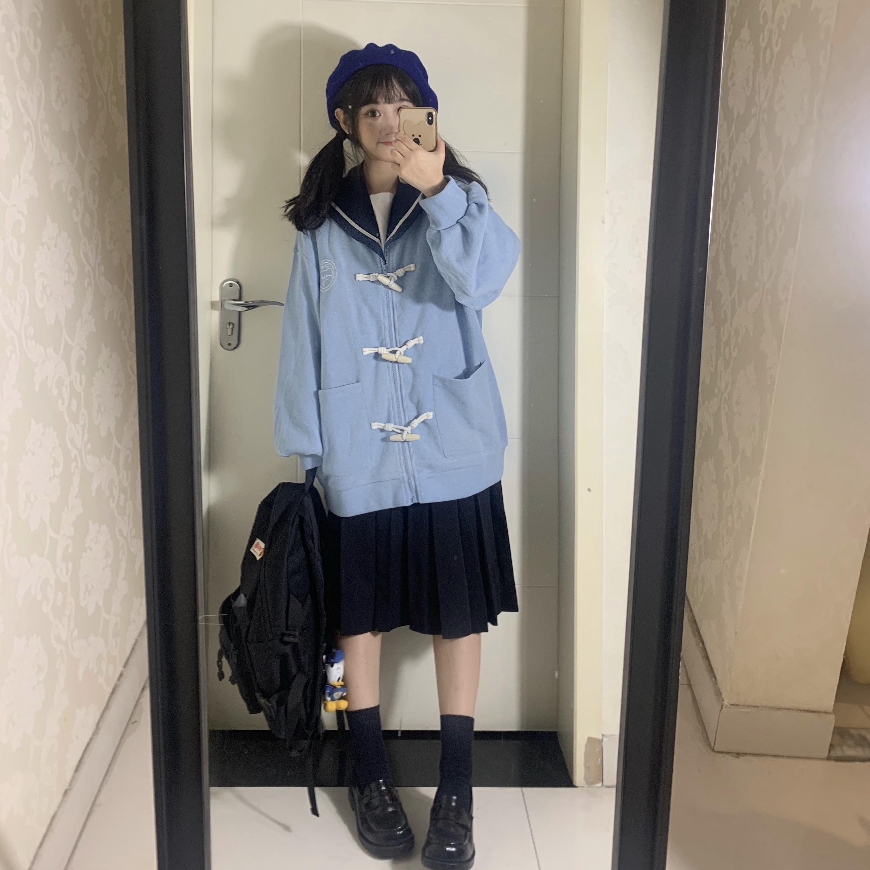 【梨屋pear house】原创日系新款牛角扣拉链卫衣外套女薄绒棒球服图片