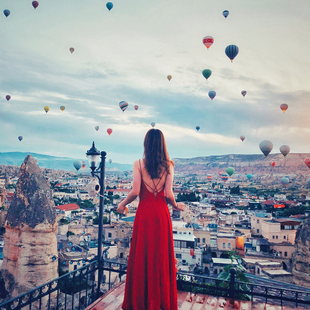2020女夏装 吊带连衣裙红色性感露背沙滩裙子雪纺海边度假长裙 新款